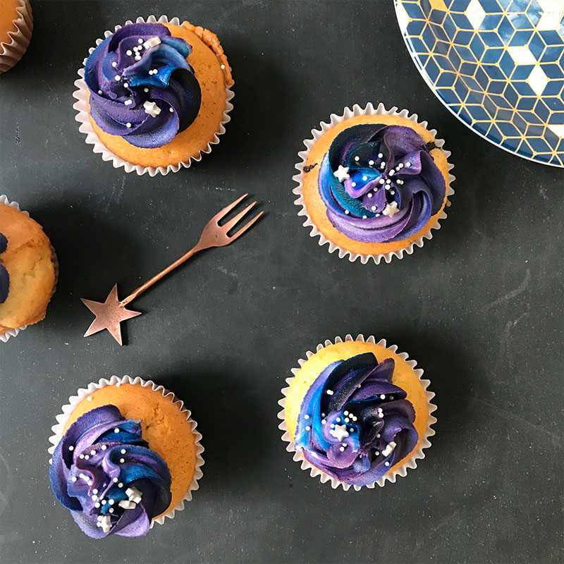 https://www.allmailoving.com/wp-content/uploads/2018/10/cupcakes_decorados_argentina.jpg